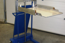 Tool handling unit