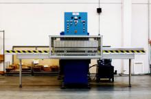 Automatische HF schuiftafel lasmachine 15kW-50kN