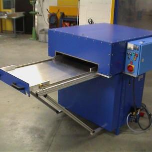 HF lasmachine met grote handbediende schuiftafel 7kW-10kN